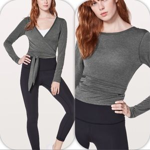 NWT HBLK LULULEMON TIED TO IT WRAP LONG SLEEVE - 8